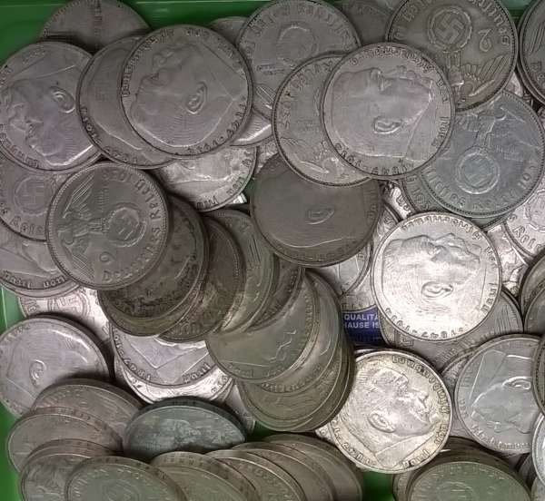 Wir kaufen an 2 Reichsmark